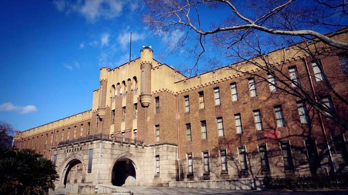 日本欧式学校建筑