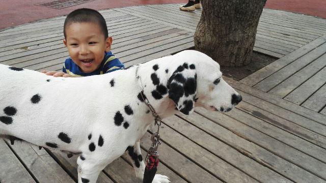 小脚丫#80后携儿子重游北京动物园