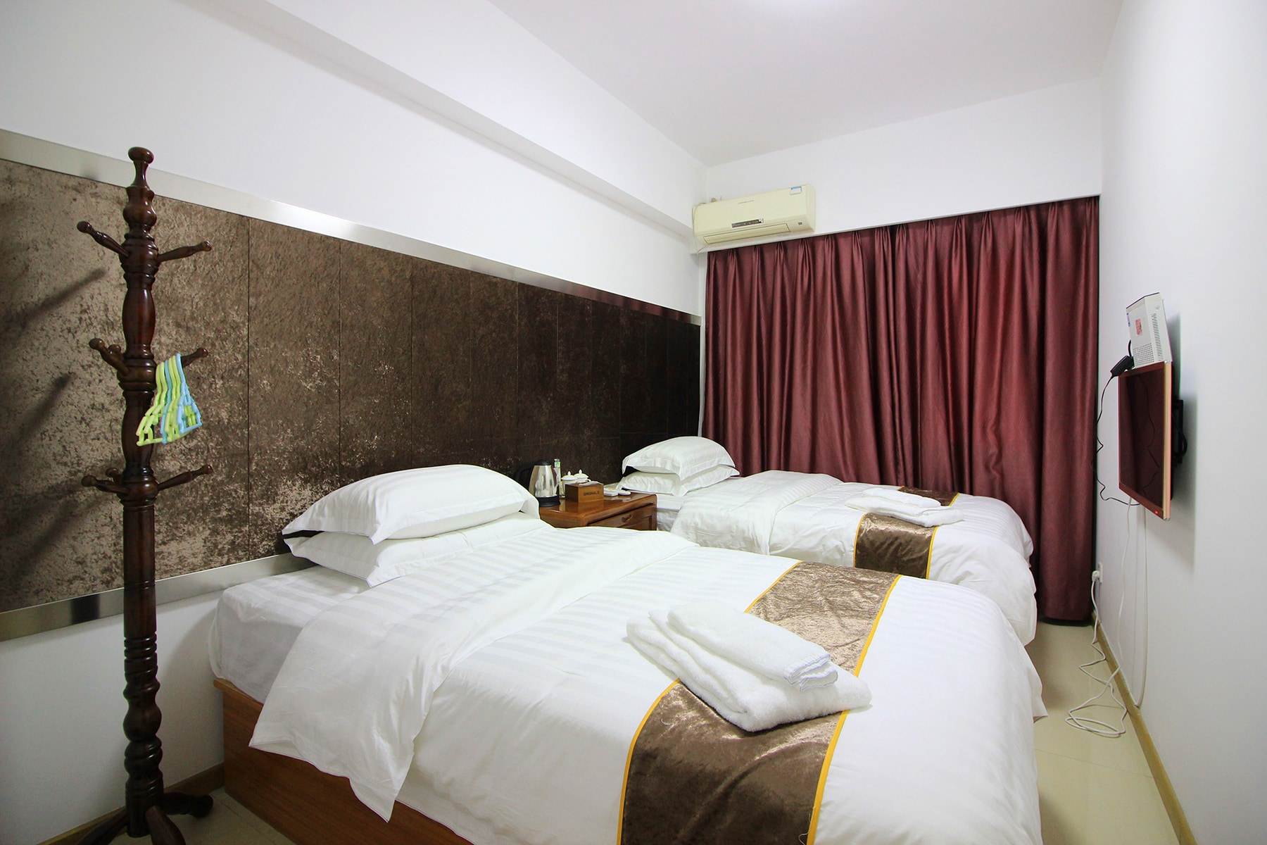 珠海怡景湾大酒店(东北门)