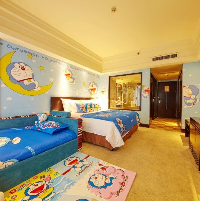 住卡通主题家庭套房,在杭城高楼之巅看星光闪耀