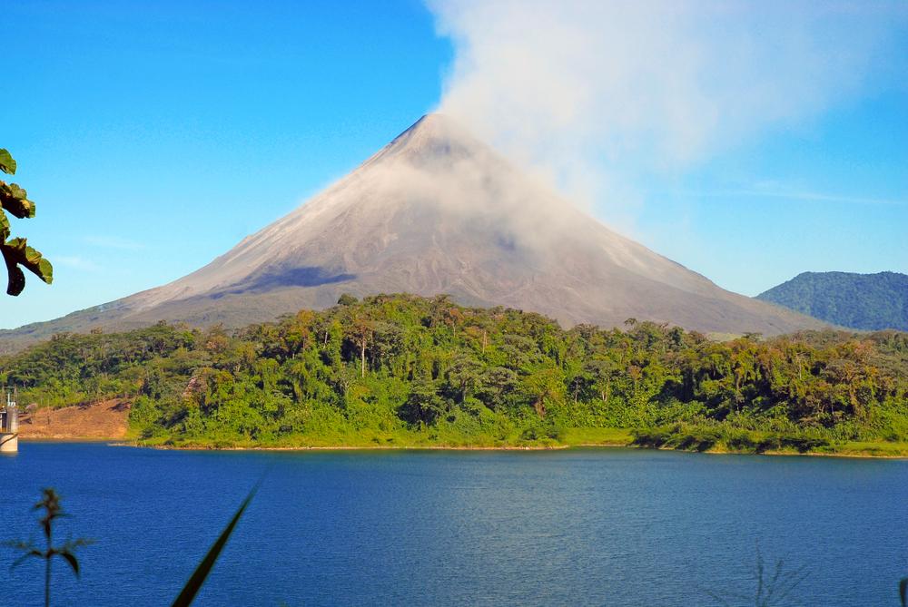 阿雷納火山  Arenal Volcano (Volcan Arenal)   -0
