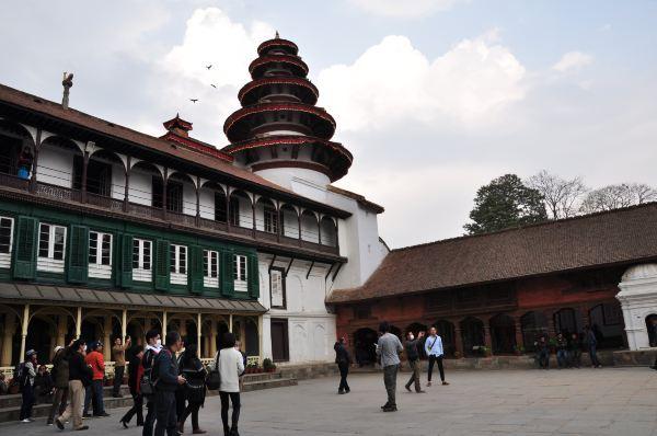 博达哈大佛塔一直以来都和藏传佛教有着紧密的关联