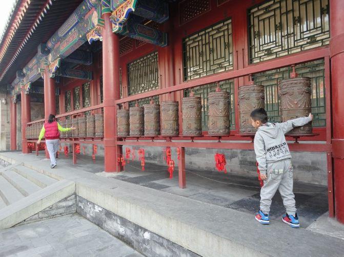 漫步北京城后海,什刹海,悠闲游览恭王府.
