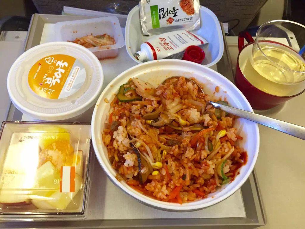 最好吃的飞机餐诞生了——韩式拌饭!讨厌!怎么那么好吃,难忘!