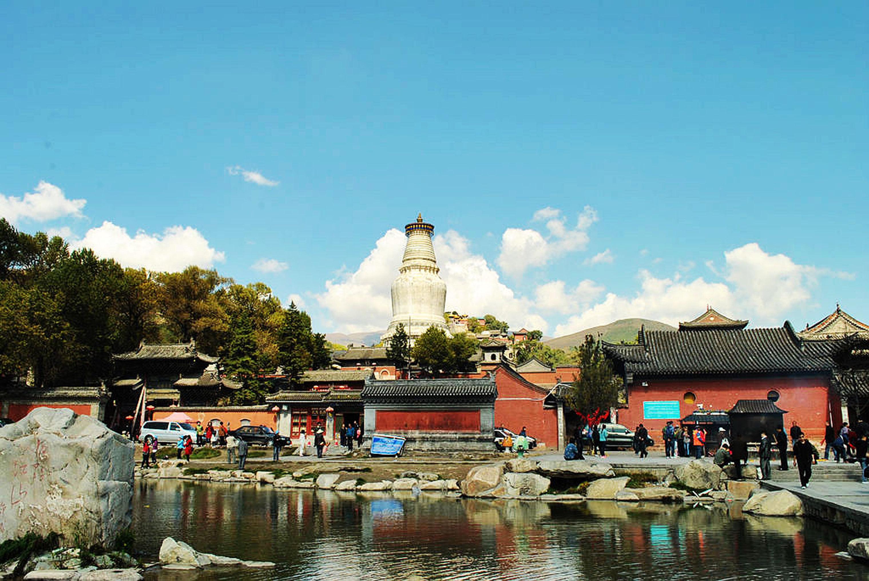 北京附近有什么比较适合旅游城市啊?