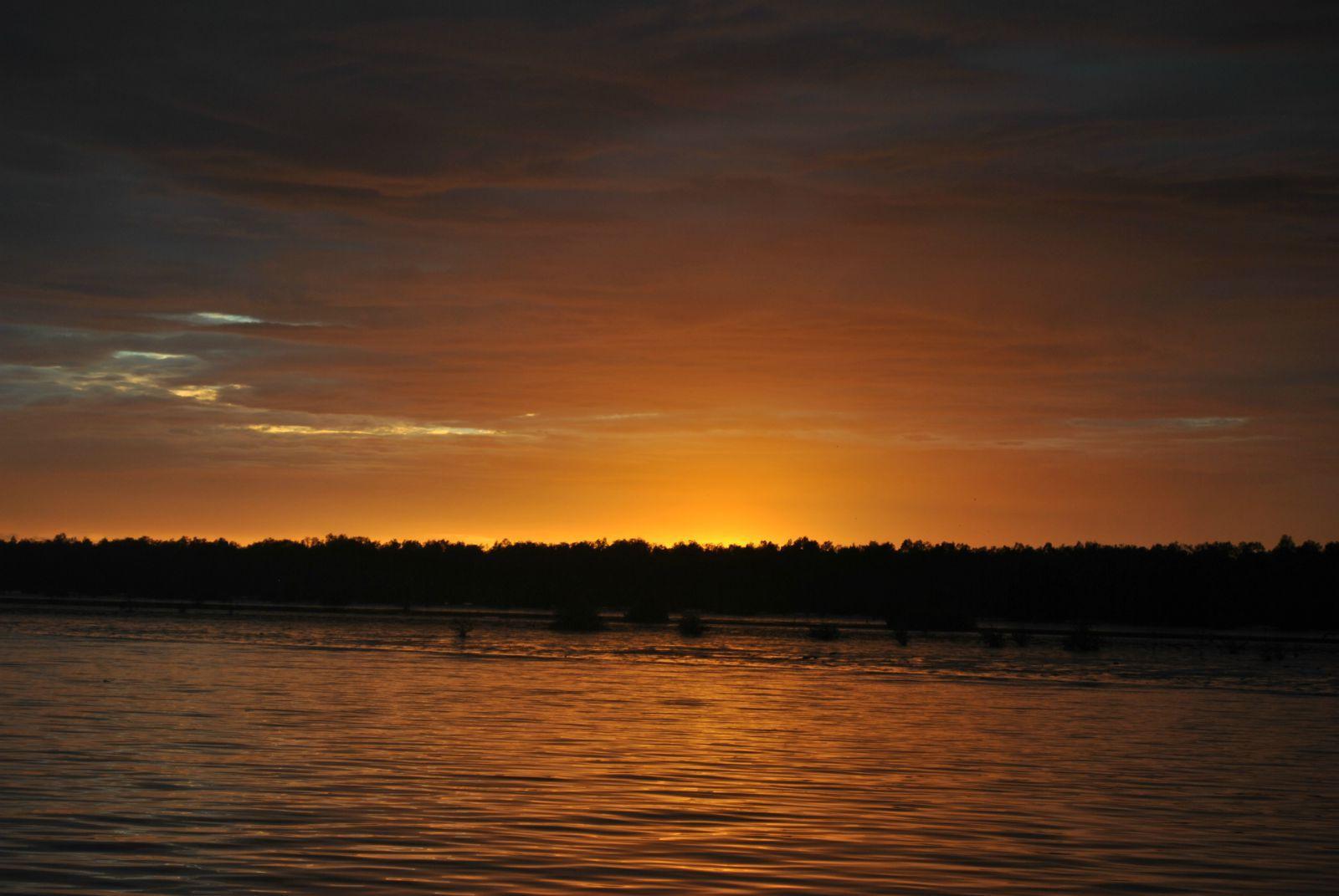 沙巴有个东姑阿都拉曼国家海岛公园,总共有五个岛组成即加雅岛,马奴干
