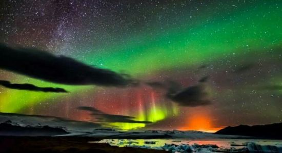 冰岛看极光最佳时间