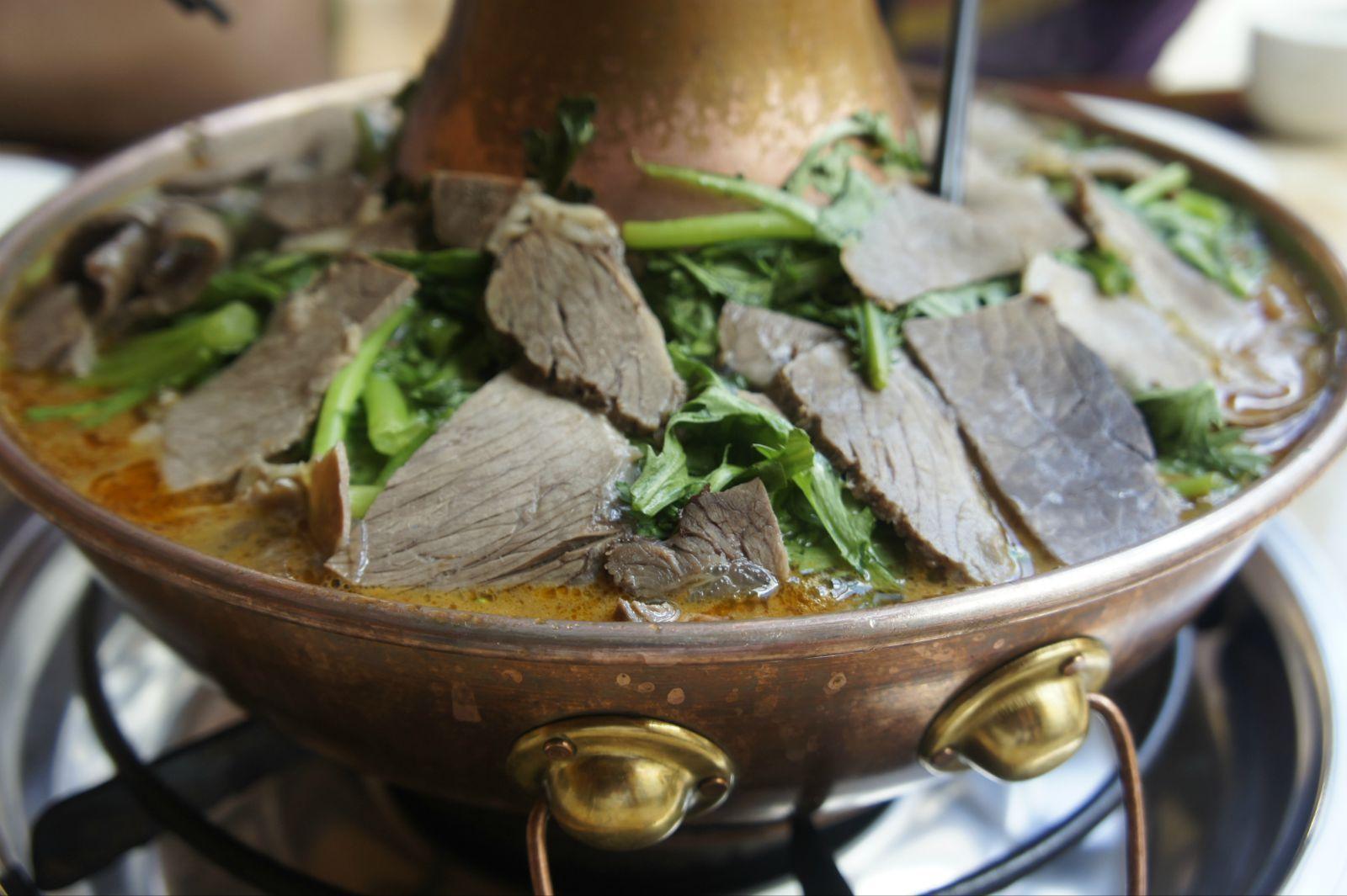 耗牛肉火锅,量多肉鲜,又一次吃的饱的不行