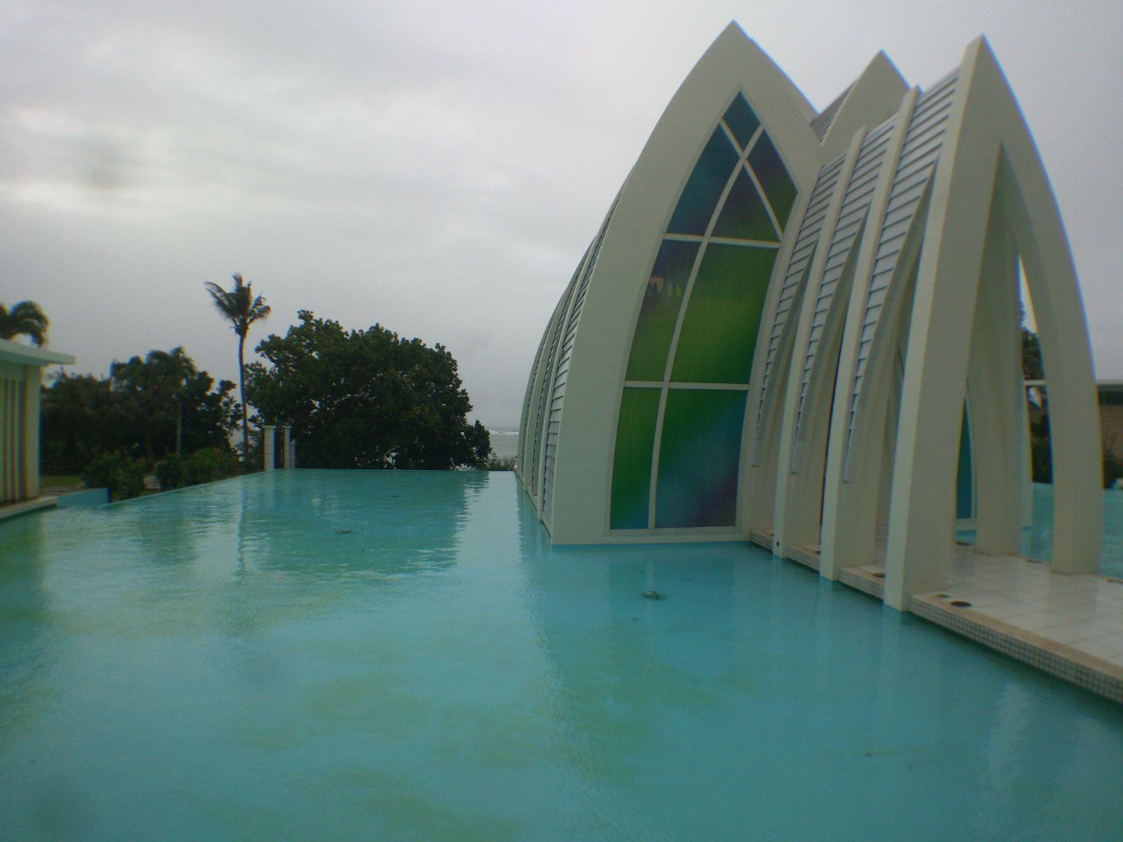 关岛 最美最震撼的彩虹教堂,如果要来关岛办婚礼就选这个吧 关岛