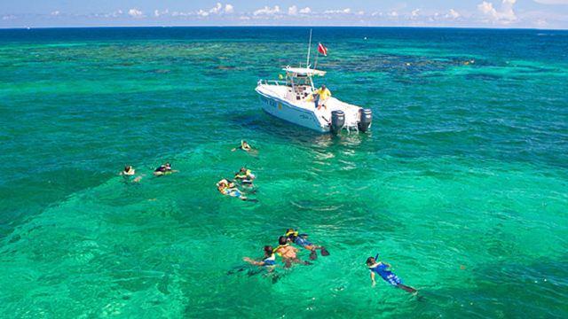 【mahagiri午餐】巴厘岛 蓝梦岛浮潜+红树林+香蕉船+玻璃底船玩转一