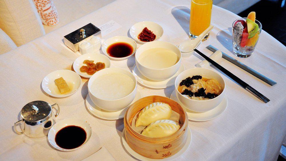 丰富的柏悦中式早餐