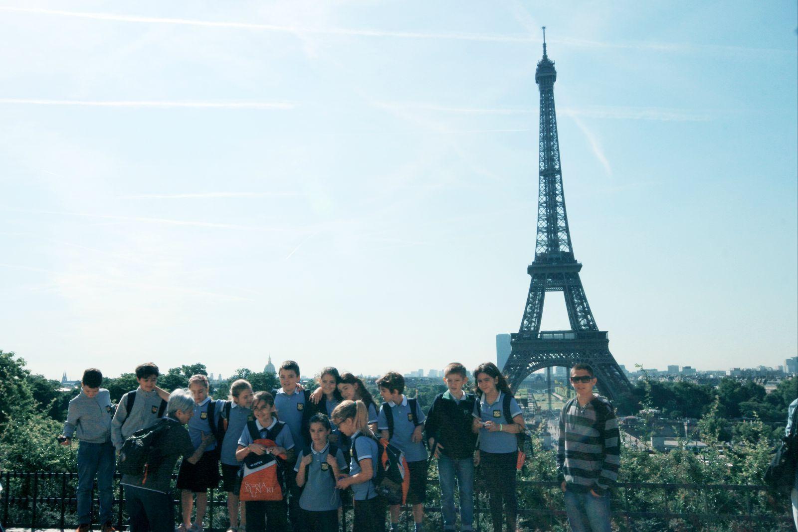 埃菲尔铁塔,今天决定近距离看看这个巴黎的浪漫地标