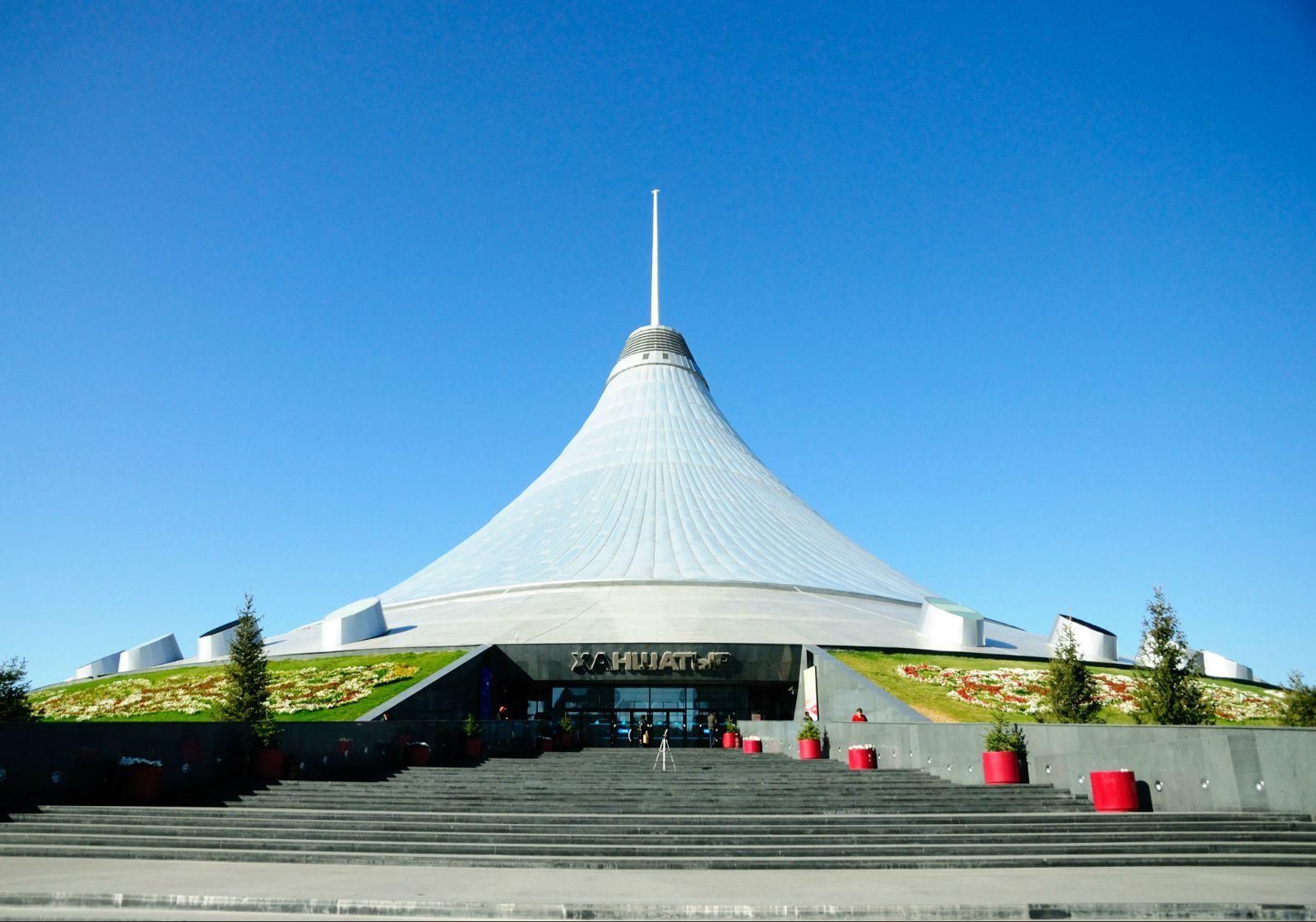 哈萨克斯坦——中亚文化的触碰