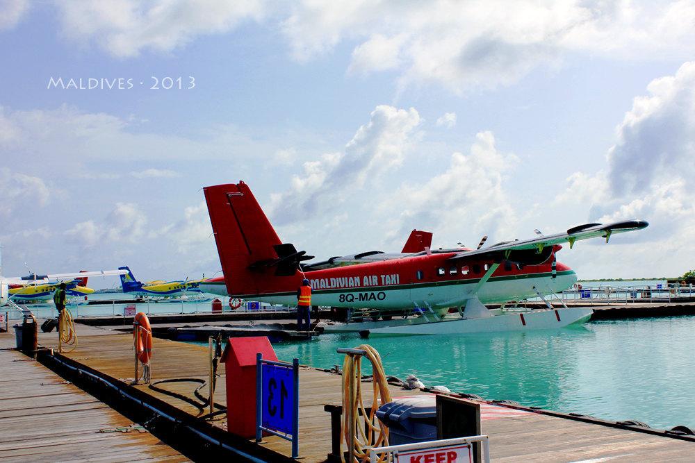 马尔代夫 飞机和降落至水面的一刻,眼前的陆地给我一种梦境般的感觉
