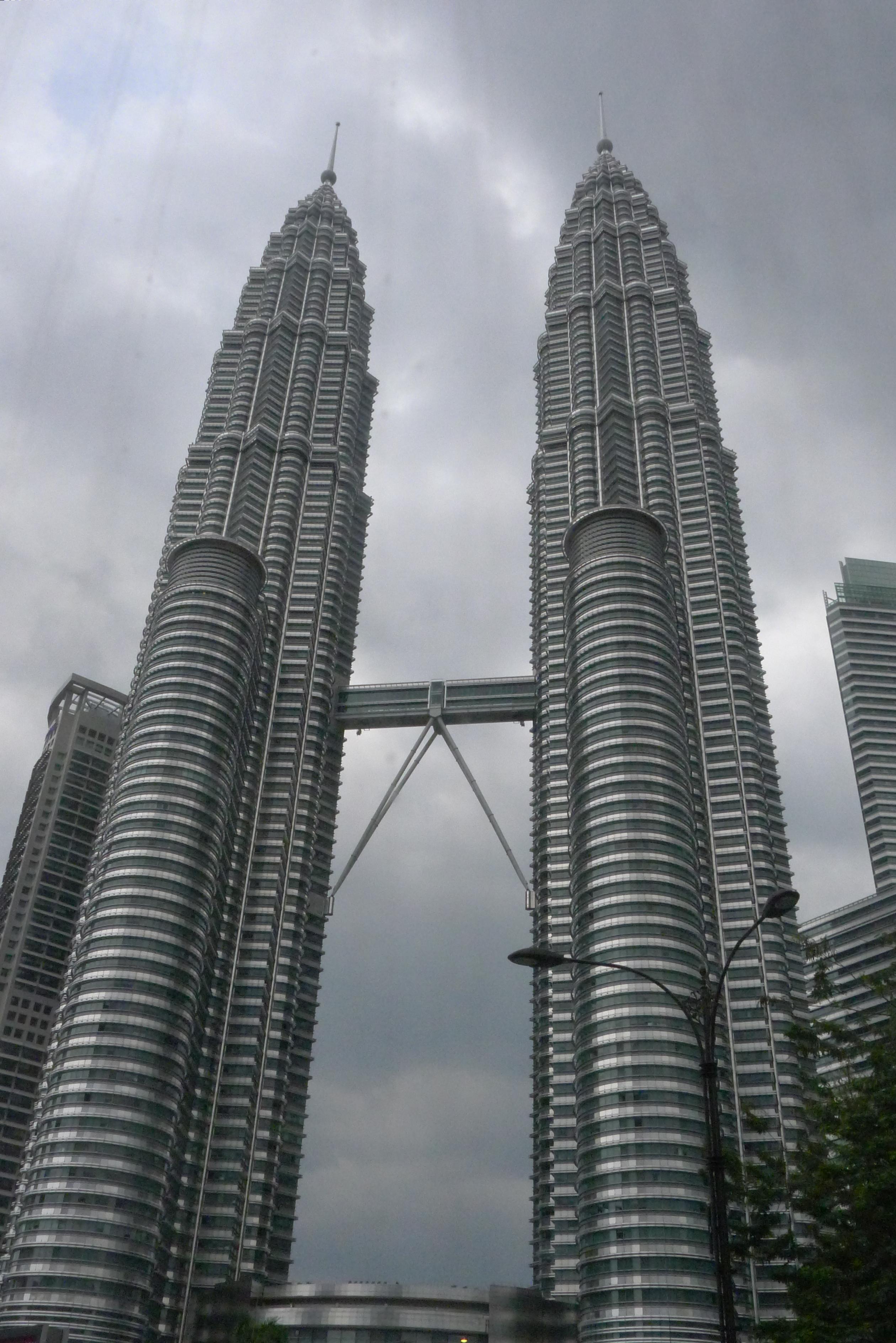 曼谷到马来西亚的飞机