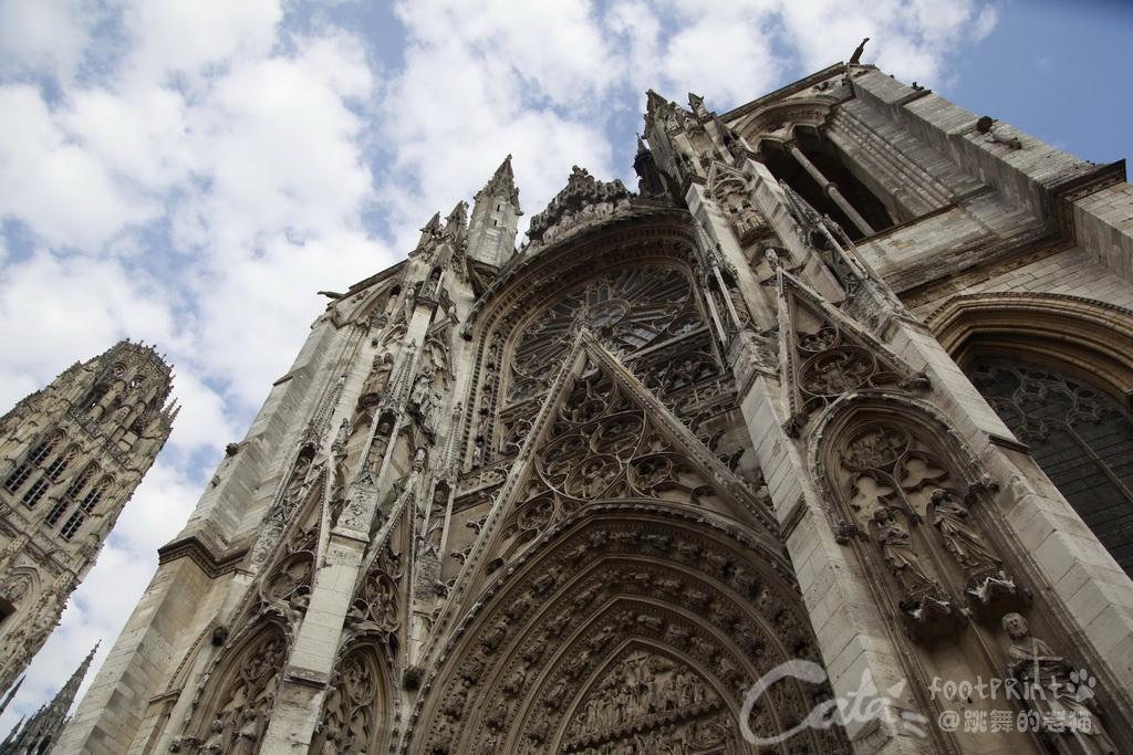 鲁昂大教堂正面