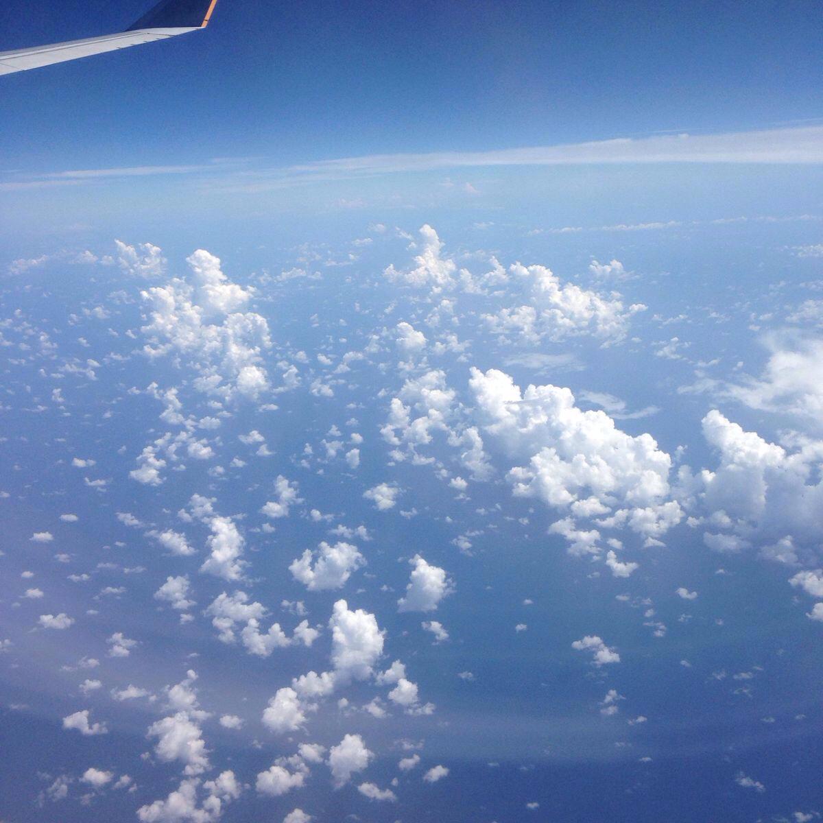 飞机起飞了,风景好美!