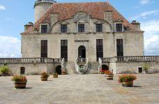 Castle of the Dukes of Duras (Château des Ducs de Duras)-迪拉斯