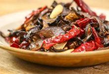 昆明美食图片-牛肝菌焖饭