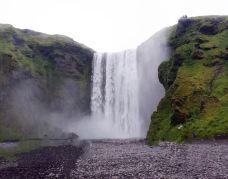 森林瀑布-冰岛南部区-乐心0826