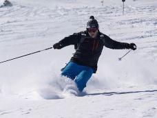 清凉山滑雪场-石家庄-是条胳膊