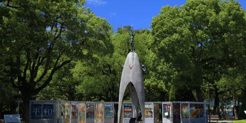 原子彈和平兒童紀念雕像