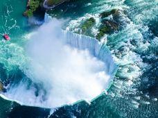 加拿大多伦多+蒙特利尔+魁北克城+渥太华+金斯顿+尼亚加拉大瀑布8日7晚跟团游·『夏季玩转加东5大名城+特别安排1晚瀑布小镇住宿』可深度体验『千岛湖游船+天虹塔+瀑布午餐+瀑布景观游船』享『多伦多深度游+奥莱购物』