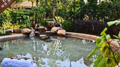 坤城汤岸 玫瑰精油泉