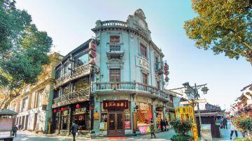 杭州夏季河坊街街景