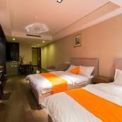 青島惠眾酒店公寓