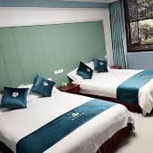 黃龍溪華飛旅館