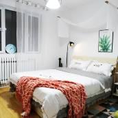 青島甜畫家公寓(泰山路分店)