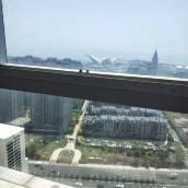 青島花落無聲勝有聲公寓