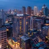 曼谷素坤逸11紙牌屋酒店