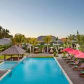 巴厘島蘭碧尼豪華別墅水療酒店