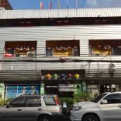 華南蓬藝術酒店