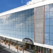 薩帕科機場酒店