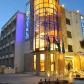 阿爾賈馬爾酒店