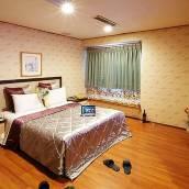 新竹左岸假期旅店