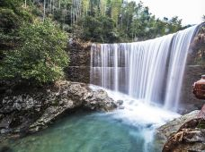 咸宁九宫山2日1晚跟团游·隐水洞探秘、神奇的岩溶地貌景观、天然大氧吧