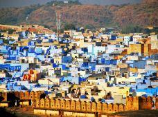 印度乌代布尔+阿格拉+斋浦尔+焦尔8日7晚半自助游(4钻)·多彩拉贾斯坦邦摄影之旅+粉色·斋普尔+蓝色·焦特布尔+白色·乌代布尔+泰姬陵+琥珀堡+内陆飞机