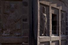 开元寺_开元寺东塔,夕阳下的石雕很漂亮-大开元寺-泉州-荼蘼