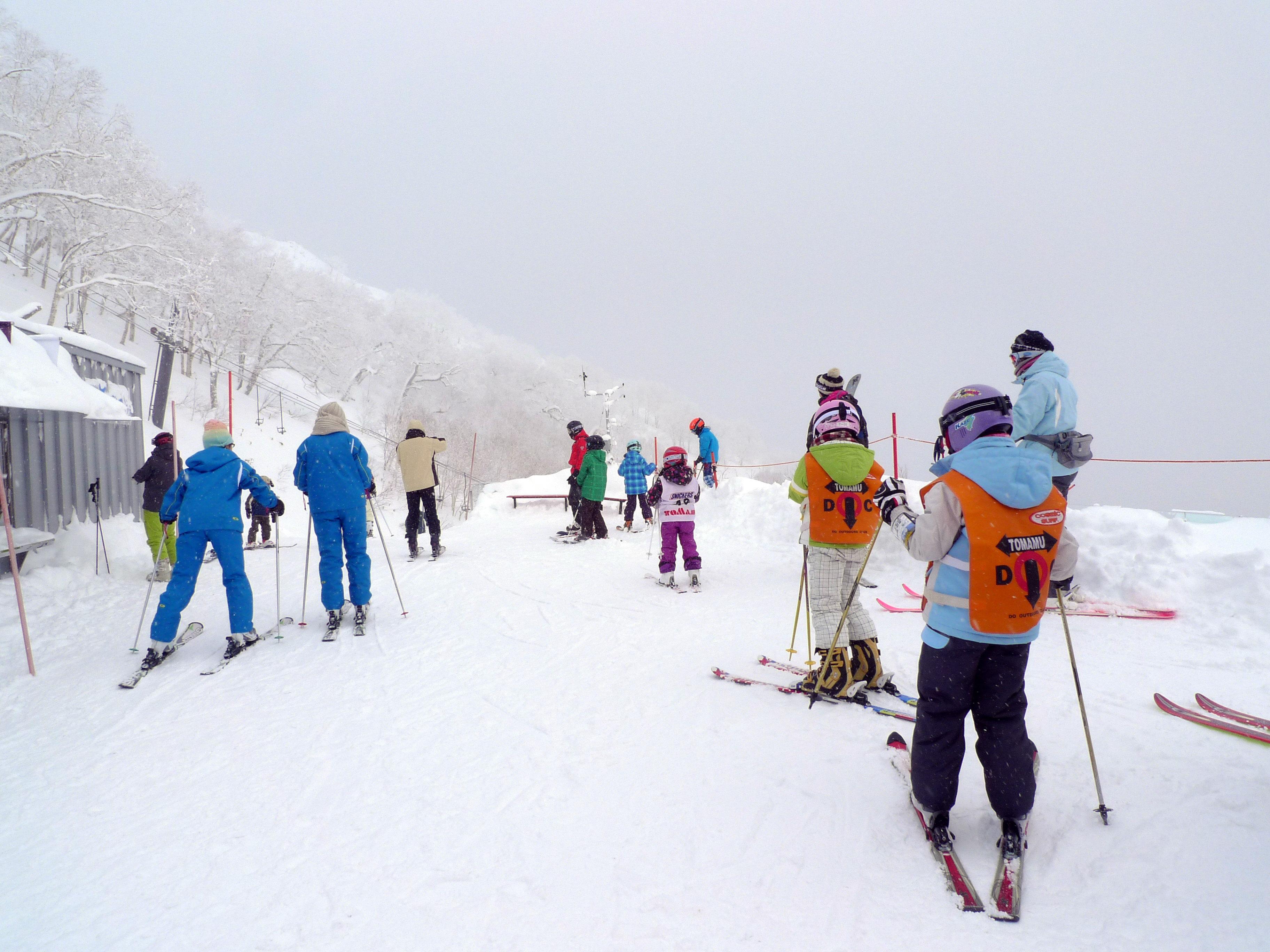 【北海道滑雪巴士】新千歲機場/札幌市內↔星野度假村滑雪場