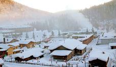 哈尔滨+亚布力+雪乡5日跟团游(5钻)·携程自营优选  旅拍 4H滑雪+私教 1价全含