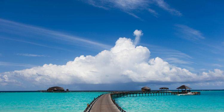 伊露岛图片