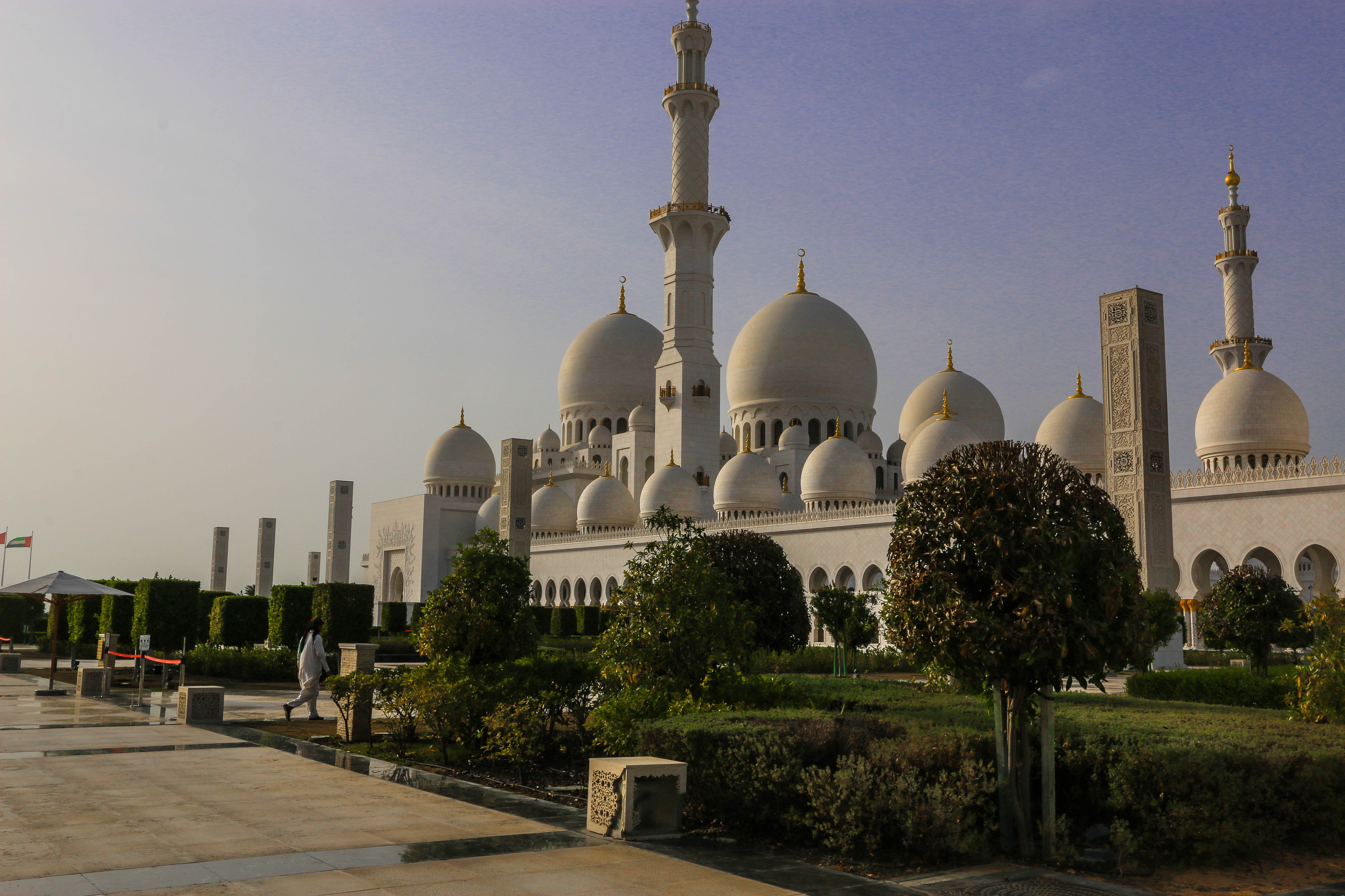 迪拜+阿布扎比5日跟团游(5钻)·JW万豪*范思哲*阿玛尼*678星*沙漠皇宫*任选