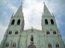 圣萨巴斯第安教堂-马尼拉-小蹄膀