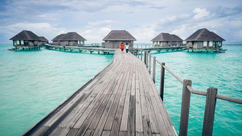 马尔代夫白金岛Hudhuranfushi6日4晚自由行(4钻)·房型可选+含早晚餐+快艇接送+送蜜月 超特惠