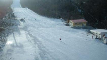 亚布力新体委滑雪场10