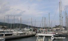 CAPITAINERIE du Port de Plaisance de Macinaggio-罗利亚诺